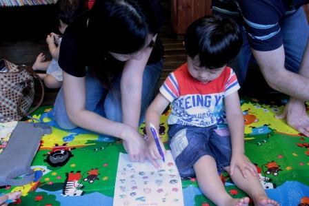 幼児期の英語学習|保護者、親の影響
